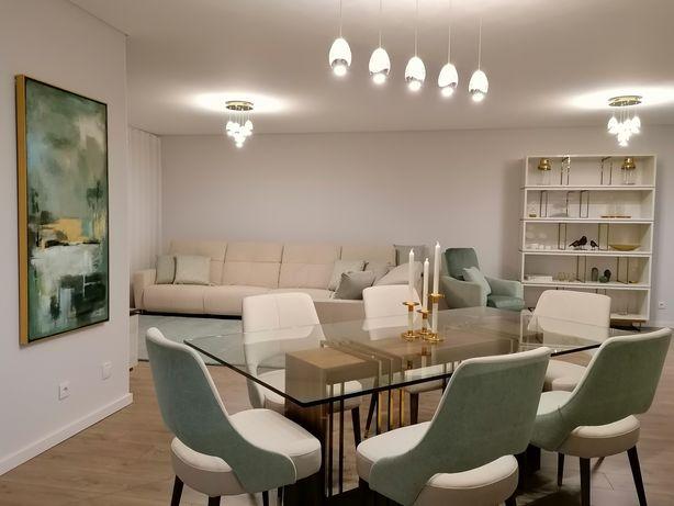 Mesa Jantar em Vidro com  6 Cadeiras