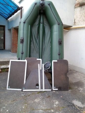 Продам лодку пвх моторну кілеву з жостким пайолом КОЛІБРІ КМ 300 Д