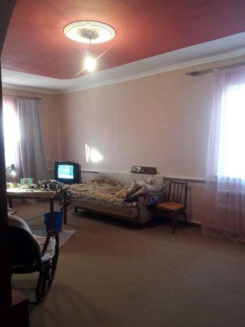 Новый дом в пригороде Чернигова в Березанке.