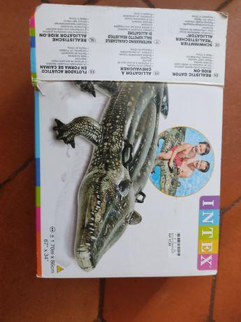Insuflável bóia crocodilo grande