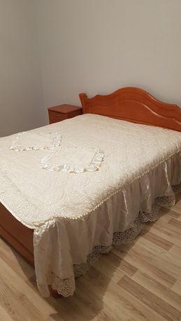 Piękna narzuta do sypialni