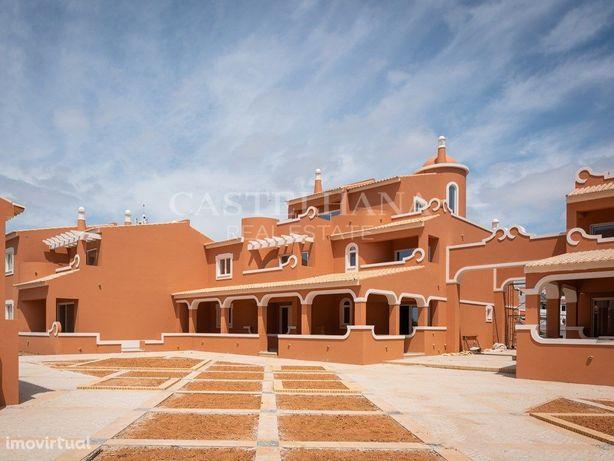 Apartamento T2 com estacionamento no Algarve