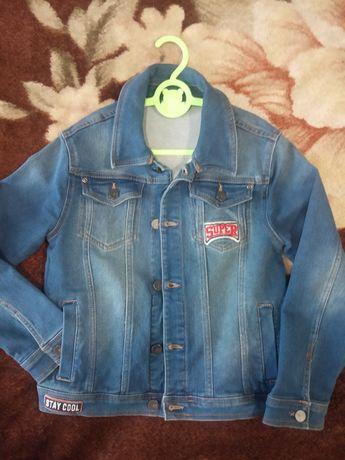 Джинсовий піджак 8-9 років