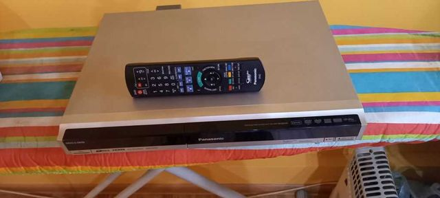 odtwarzacz-nagrywarka dvd Panasonic  HDD-DVD