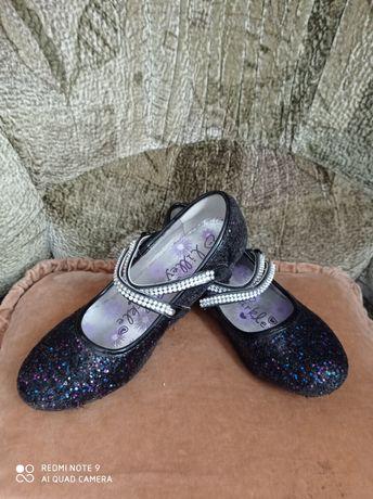 Нарядные туфли для принцессы