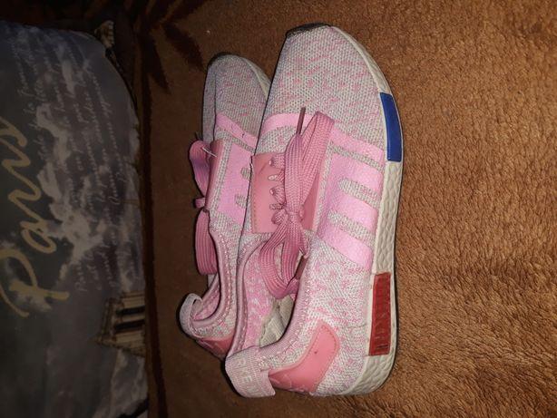 Обувь на девочку. Недорого