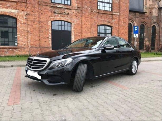Mercedes Benz c180 rok 2015