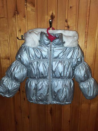 Осіння курточка для дівчинки на 2 рочки