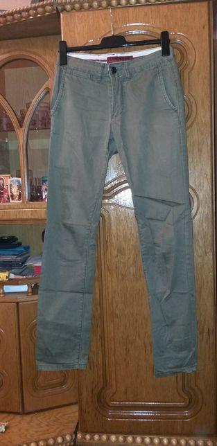 Spodnie męskie 29.