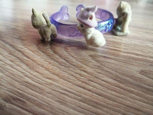 Bransoletka z odczepianymi kotkami