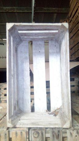 Caixas de madeira usadas