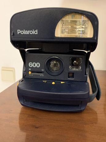 Máquina Fotografica Polaroid 600