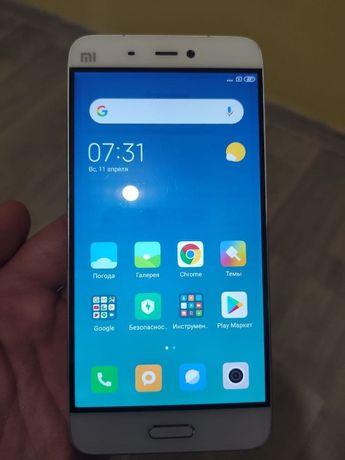 Продам телефон Xiaomi Mi5 Pro 3/64Gb