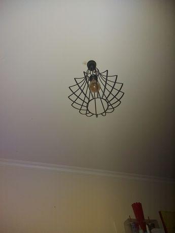 Candeeiro de teto preto