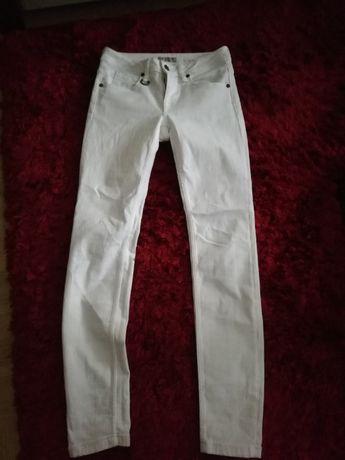 spodnie BURBERRY 25 xs/s, BURBERRY 25 34 xs białe spodnie