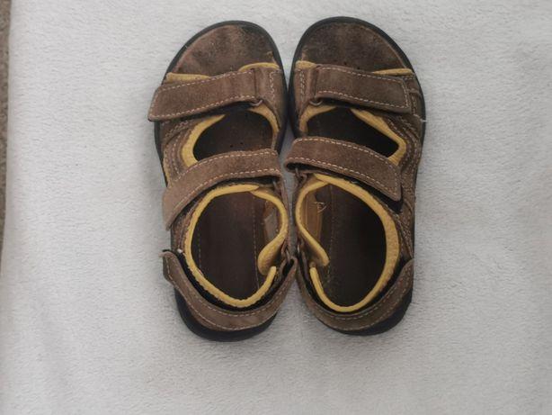 Brązowe sandały dla chłopca, rozm. 33
