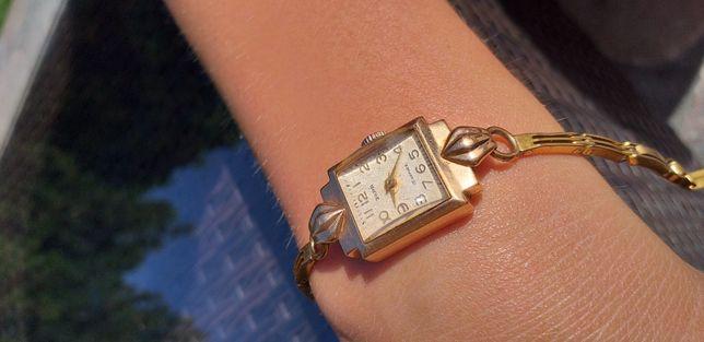 Zegarek Zaria ze złotą kopertą