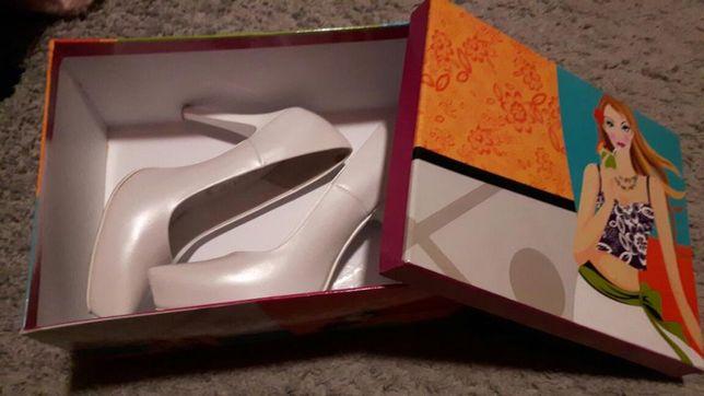 Bardzo Tanio!!! Pantofle ślubne