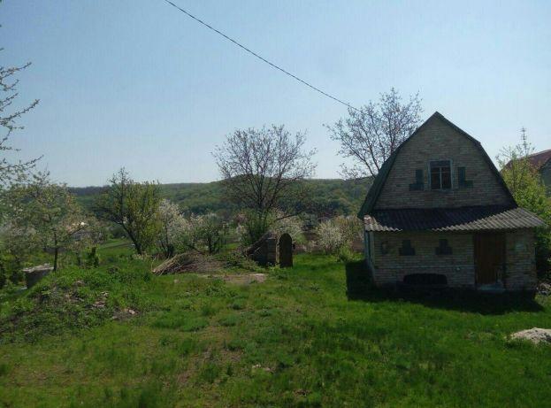 Продам ділянку з старим будинком
