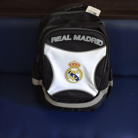 Рюкзак фирменный, школьный.