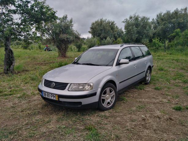 Volkswagen Passat 1.9 TDi 115Cv - Aceito trocas