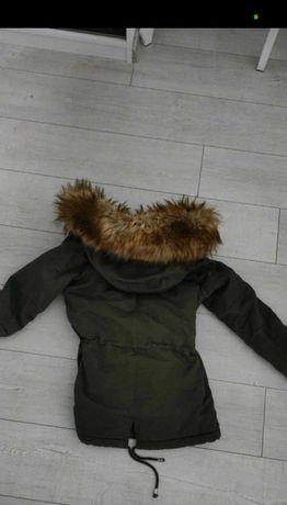 Kurtka khaki ciepłe futro kaptur zimowa