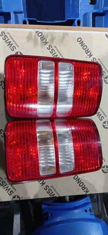 Lampa lewa prawa VW CADDY III 3