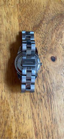 Pandora zegarek, ogniwa metalowe