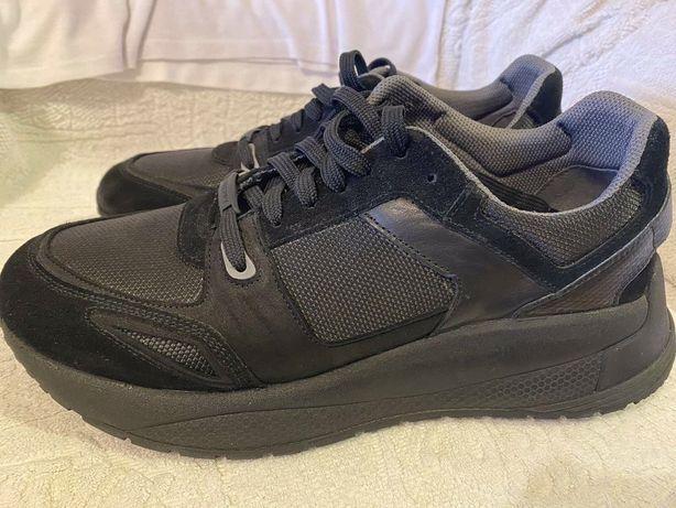 Продам замшевые кросовки Preppy