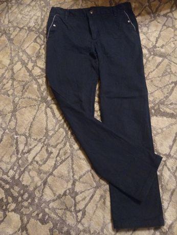 Spodnie chłopięce święta rozm,152-158