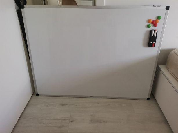 Quadro Branco 120x90 + Apagador + 2 Marcadores + 6 Imans