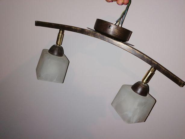 Lampa sufitowa, oświetlenie