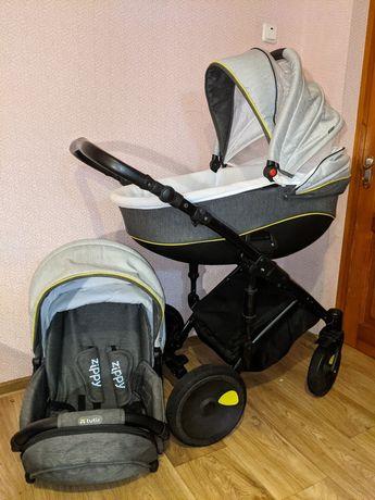 Детская коляска Tutis Zippy Viva 2 в 1. Идеальное состояние.