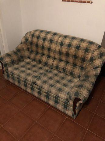 Conjunto sofa Cama e 2 poltronas