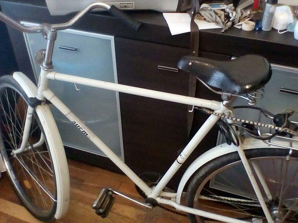 """Продам велосипед """"Аист"""" 89 року випуску новий. Торг!"""