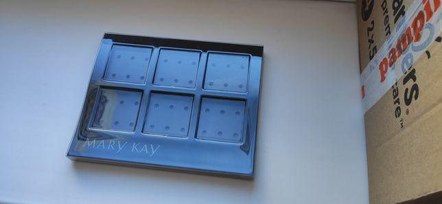 Магнитный держатель для косметики Mary Kay