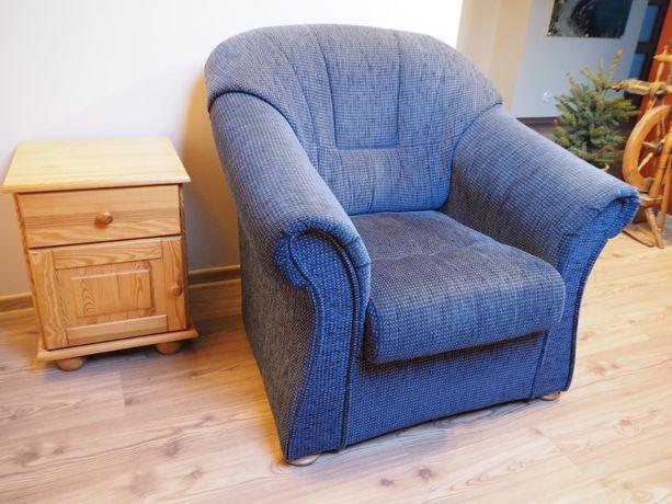 Komplet wypoczynkowy - sofa i dwa fotele, stan idealny