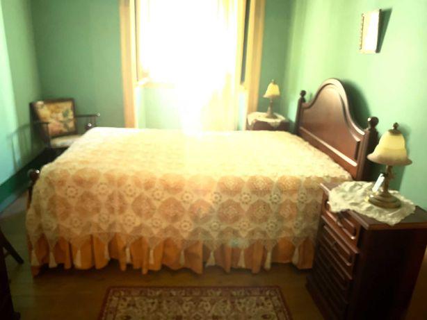 Mobília de quarto, completa,  clássica