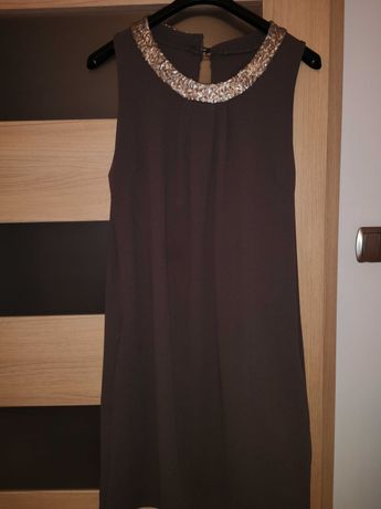 Śliczna brązowa sukienka