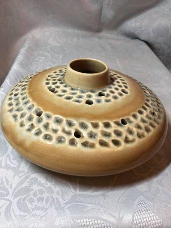 Słynny wazon 'Ogródek' ikebana. Włocławek