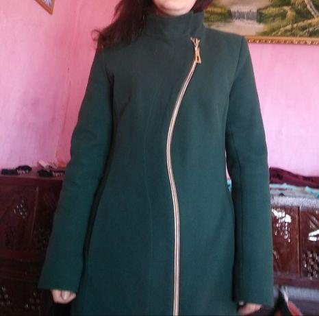 Продам пальто ( пальтішко)
