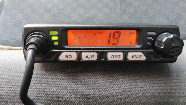 Malutkie CB radio AnyTone Smart z auto-blokadą szumów + antena