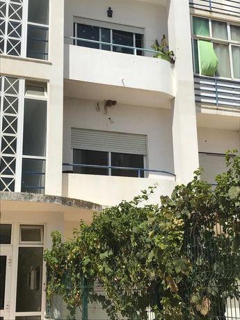 Apartamento T2 Estômbar