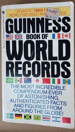 Księga Rekordów Guinessa w oryginale z 1989r
