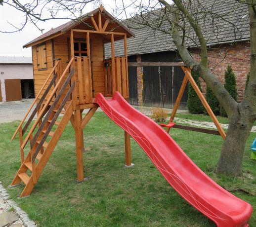 Domek na podwyższeniu Drewniany plac zabaw Huśtawka