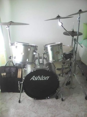 Bateria Ashton usada
