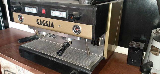 Продам Професійну кавомашину Gaggia D90 A/2 б/у