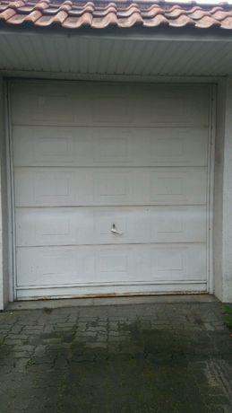 Brama garażowa uchylna 2,5x2,6m