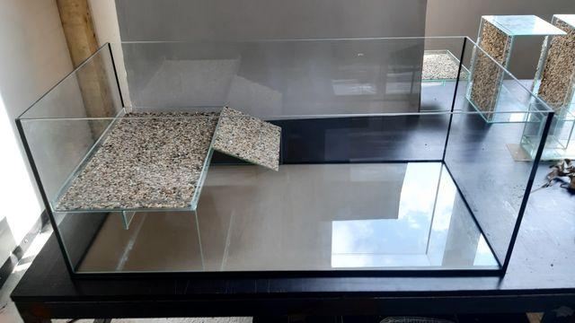 Cubepoint Akwarium 80x50x30 dla żółwia z wyspą