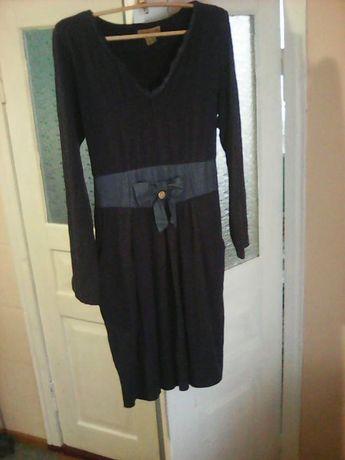 Плаття бузкового кольору
